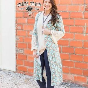 Crazy Train San Jose Lace Bell Sleeve Kimono